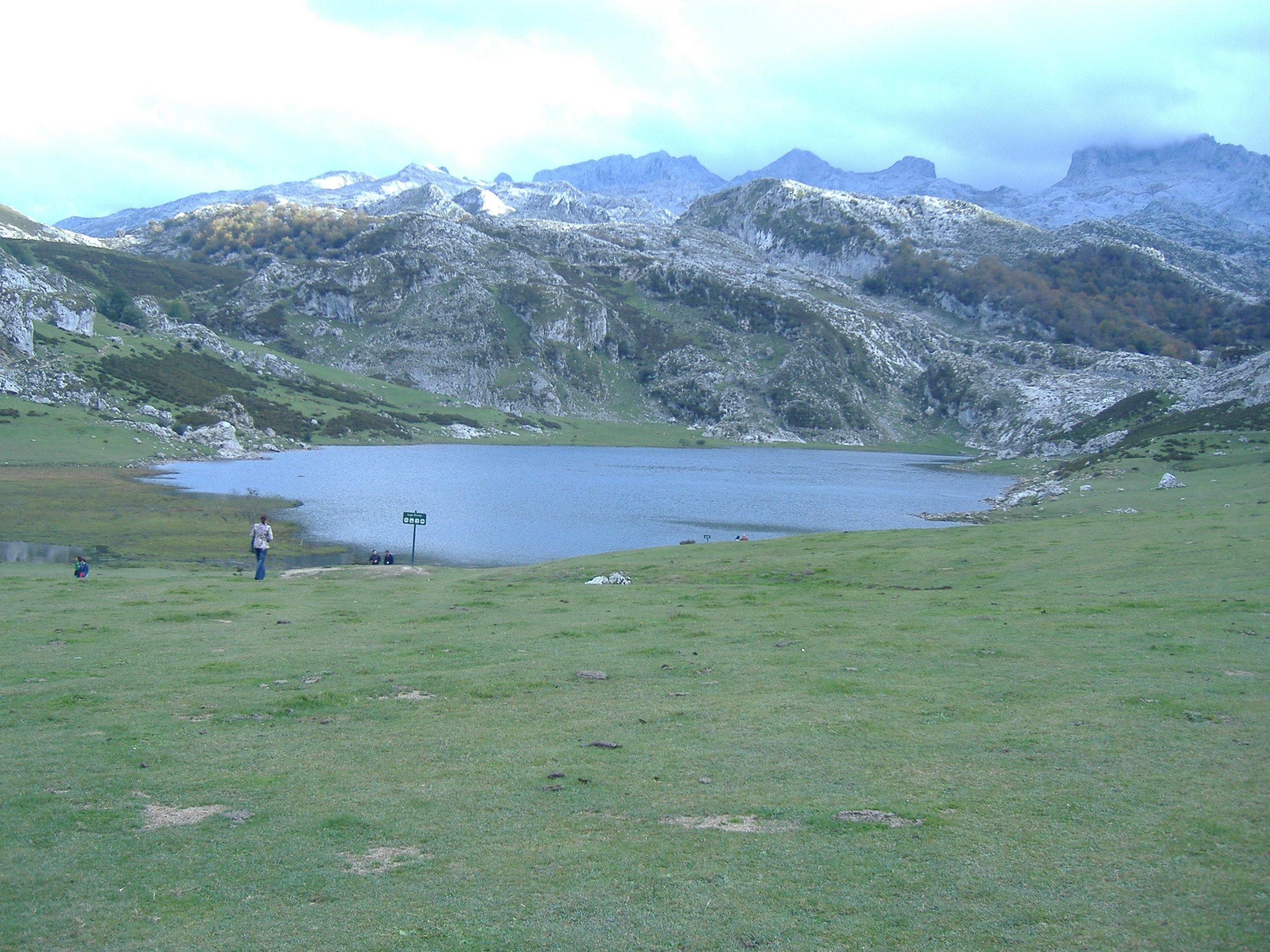 46 Lago de La Ercina. Cangas de Obnis (Asturias). Foto R. Suárez